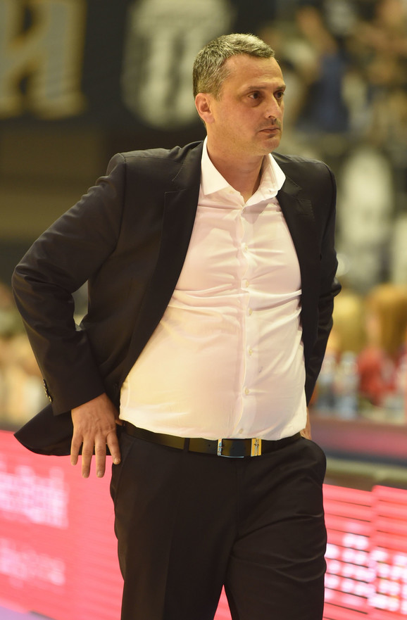 Dejan Radonjić kao trener Crvene zvezde