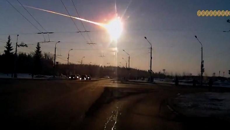 Ponad 700 rannych po deszczu meteorytów