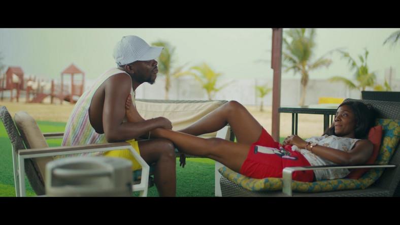 Adekunle Gold and Simi share 'Promise' video [Youtube/AdekunleGold]