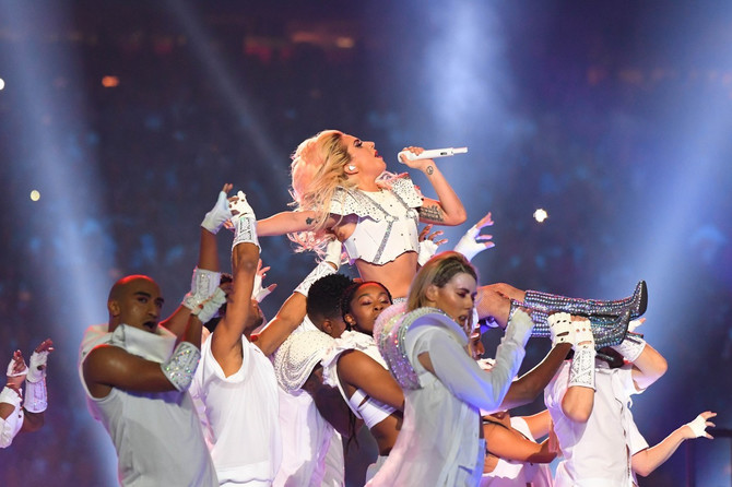 Ledi Gaga na svom performansu