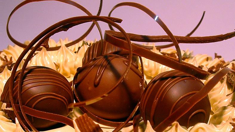 BOR objada się czekoladą