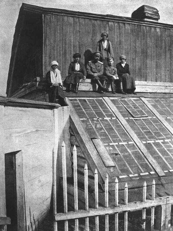 Romanovi u zatočeništvu u Toboljsku