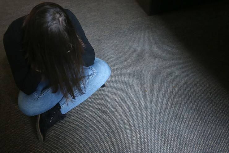 nasilje maltretiranje silovanje ilustracija foto S PASALIC