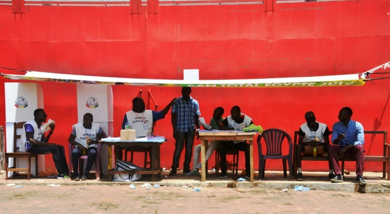 Guinea voters overwhelmingly back disputed new constitution