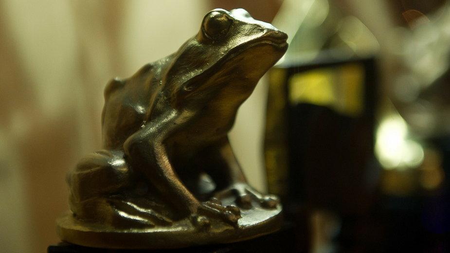 Statuetka Złota Żaba