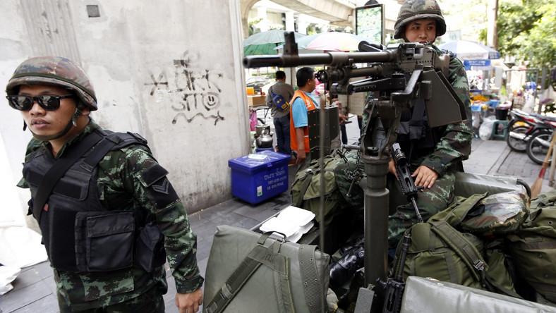 Stan wojenny w Tajlandii. Polskie MSZ apeluje o ostrożność