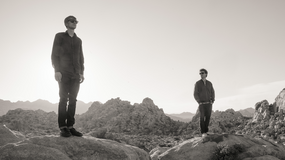 "Duet Simian Mobile Disco wydaje nową płytę: ""Welcome To Sideways"""