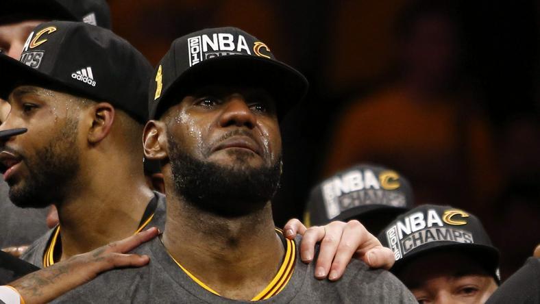 Simone Biles i LeBron James najlepszymi sportowcami w plebiscycie AP