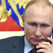 A ONDA JE VLADIMIR PUTIN UZEO TELEFON U RUKE... Predsednik Rusije čuo za ovu smrt od korone i ODMAH REAGOVAO