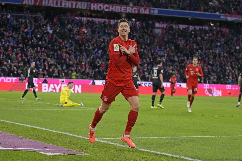 dealnie się składa, że w tym sezonie jest w życiowej formie, a rywalem Bayernu Monachium nie jest żaden z najmocniejszych klubów, tylko Chelsea.