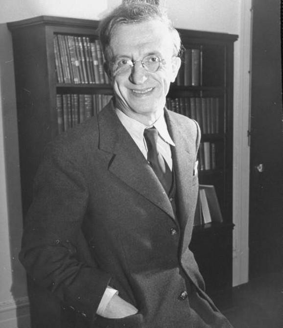Sava Kosanović, Teslin sestrić i prvi ambasador Jugoslavije u SAD