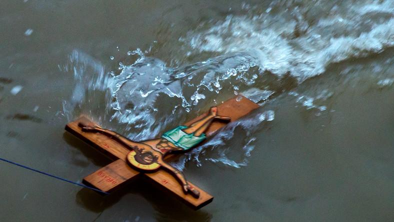 Krzyż w wodzie na pamiątkę Chrztu Pańskiego; uroczystości w Monachium