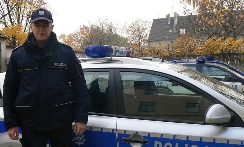 Policjanci uratowali życie samobójcy. W ostatniej chwili przecięli sznur