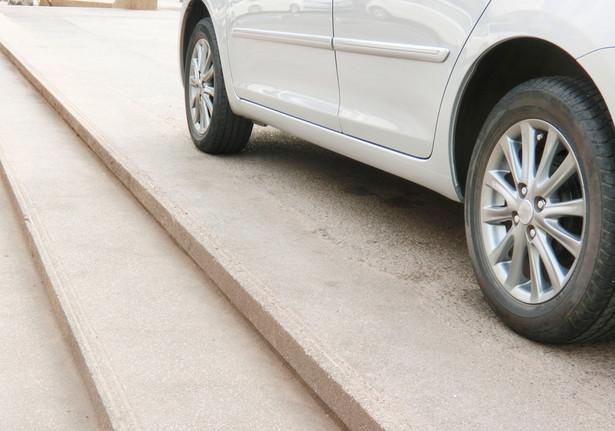 """Głównym zarzutem w stosunku do drugiej uchwały był """"rażący"""" wzrost kar za brak opłaty za parkowanie"""