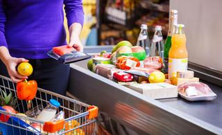 Nowy podatek to wsparcie zagranicznych dyskontów kosztem lokalnych sklepów [WYWIAD]