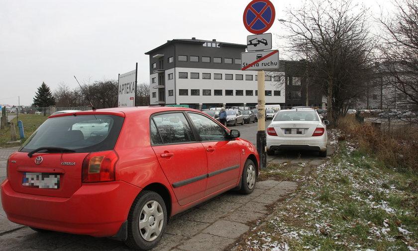 Parkingowy koszmar przed szpitalem
