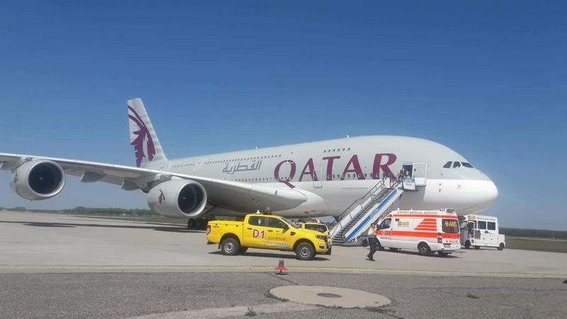 db177e118311 Ezért hajtott végre kényszerleszállást a világ legnagyobb utasszállító  repülőgépe a Liszt Ferenc repülőtéren