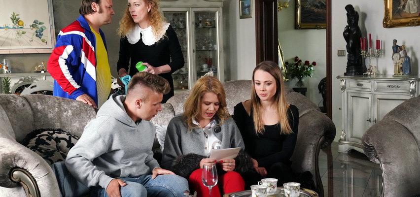 Barwy szczęścia odc. 2501: Jowita ma kłopoty, jej ojciec to cwany bankrut, a Marek....