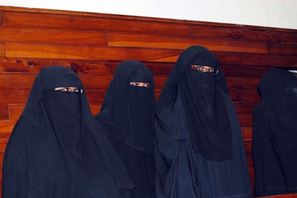 Four suspected terrorists arraigned in Mombasa in 2015 after Halima Adan Ali allegedly helped them travel for terror-related activities (Daily Nation)