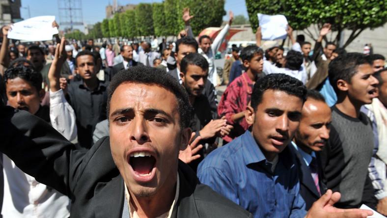 Po rewolcie w Egipcie czas na Jemen. Studenci ruszyli na pałac