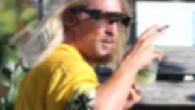 """""""The Beach Bum"""": Matthew McConaughey na planie w towarzystwie seksownej blondynki"""