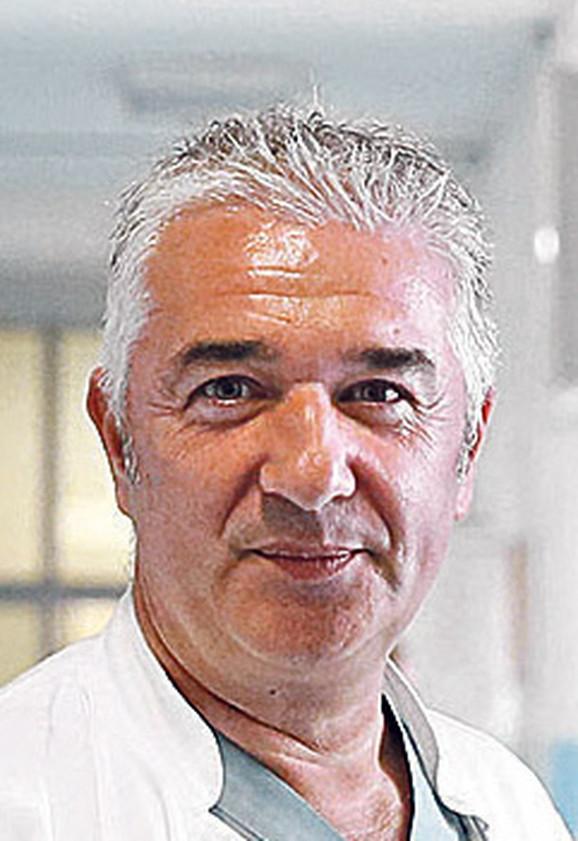 Dr Aleksandar Martinović
