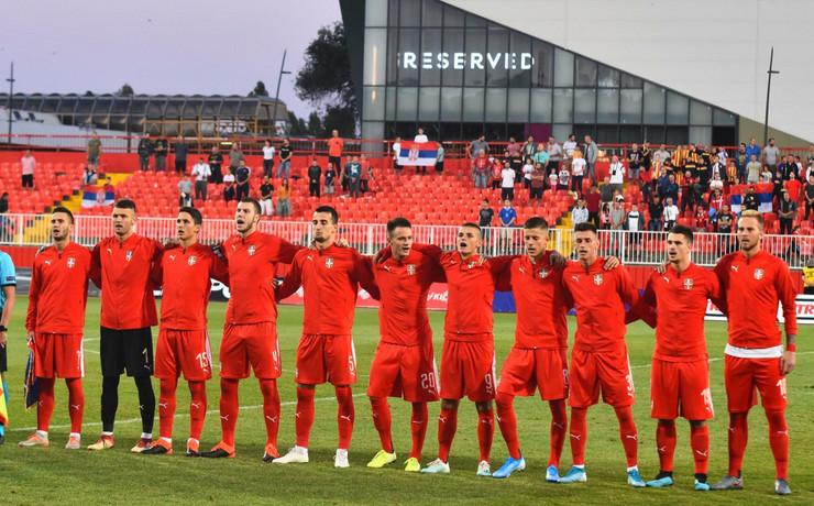 Mlada fudbalska reprezentacija Srbije, Letonije, Orlići