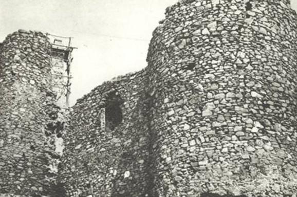 MISTERIJA KOJA TRAJE Zašto je kralj Aleksandar srušio staru tvrđavu Žrnov na Avali?