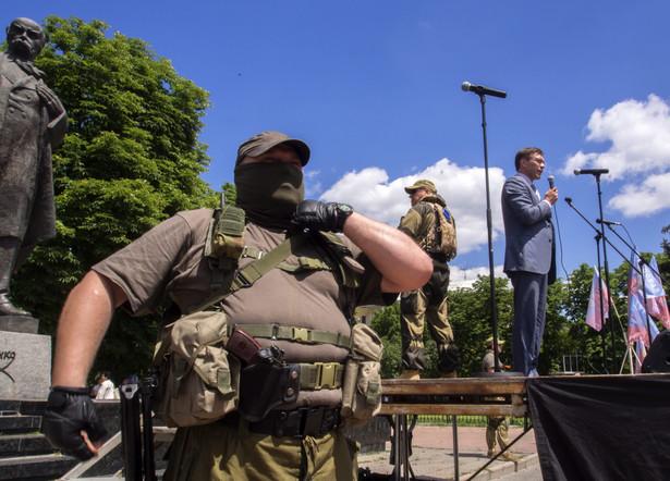 1 lipca na Ukrainie przestało obowiązywać zawieszenie broni EPA/IGOR GOLOVNIOV