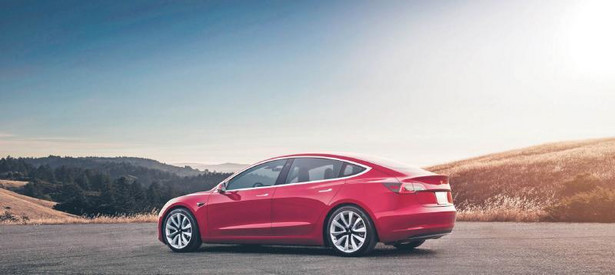 Tesla 3 Long Range AWD (fot. mat. prasowy)