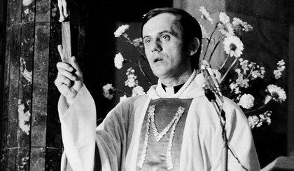 35 lat po śmierci Popiełuszki umorzyli śledztwo