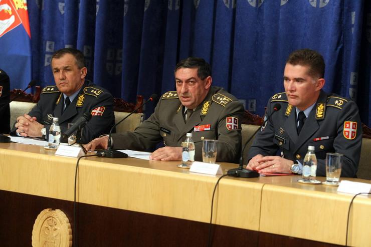 585433_konferencija-za-stampu-vojska-foto-petar-dimitrijevic-1