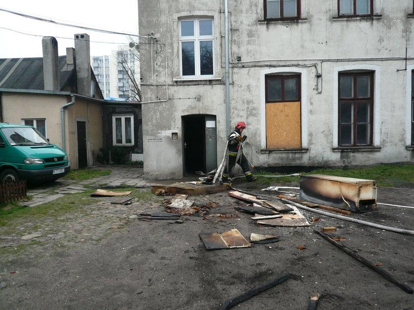 pożar przy Rzgowkskiej w Łodzi, zniszczone sprzęty