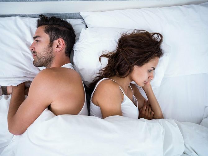 Šta muškarci misle o 7 NAJPOPULARNIJIH POZA? Jedna im je SMRTNO DOSADNA, dok za žene koje preferiraju OVAJ POLOŽAJ misle da su BOGINJE SEKSA!