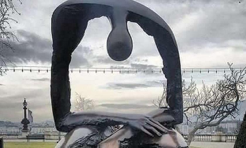 Ta rzeźba rozdziera serce. Wiąże się z nią bardzo smutna historia