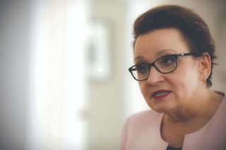 Zalewska: W trzech szkołach doszło do nieprzewidzianych sytuacji w czasie egzaminów gimnazjalnych
