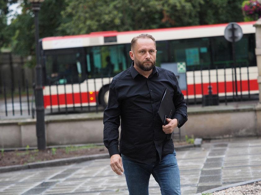"""Kamil Durczok wygrał proces z """"Wprost"""". """"Nie ma we mnie żadnej satysfakcji"""""""