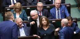 Kaczyński przerwał milczenie ws. wulgarnego gestu Lichockiej