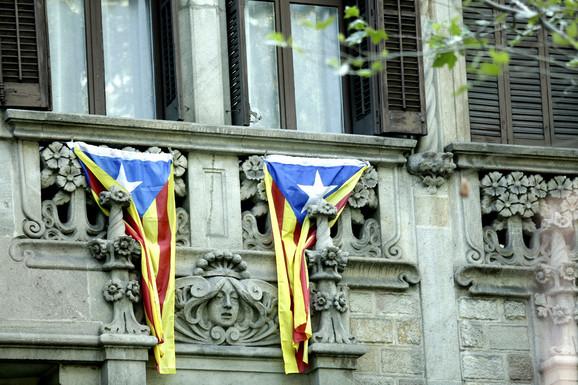 Suspendovani mandati pritvorenim katalonskim liderima