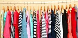 Sprytny sposób na wieszanie ubrań