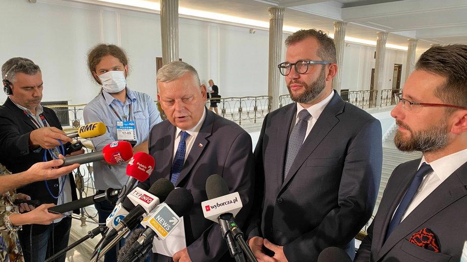 Suski: projekt ustawy wróci dziś do Sejmu