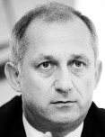 Sławomir Neumann szef klubu PO