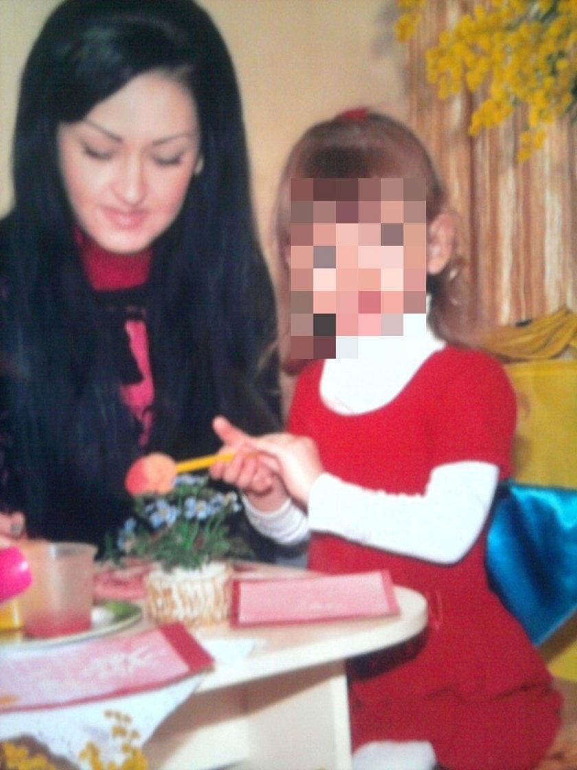 Matka zadała dziecku ponad 20 ciosów nożyczkami. Wymiar kary szokuje