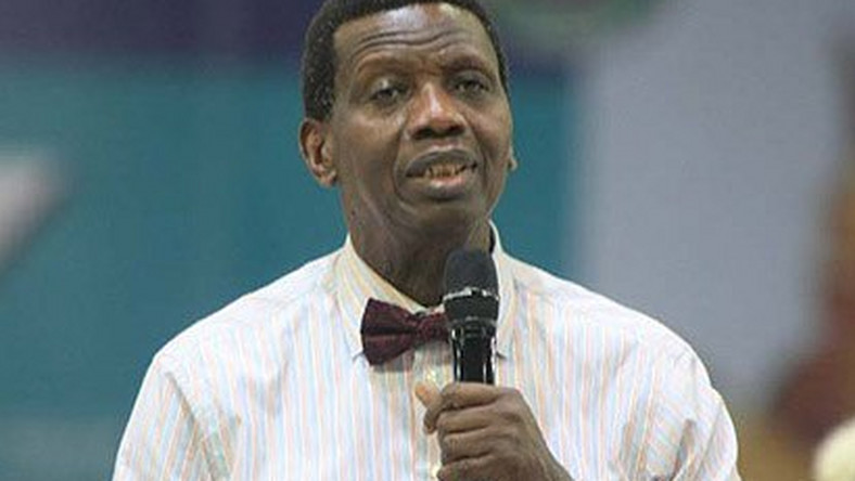 The General Overseer of the Redeemed Christian Church of God (RCCG), Pastor Enoch Adeboye advises FG to have a succession plan for service chiefs.(Daily Bells)