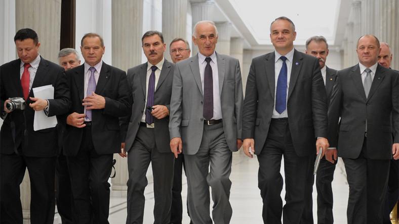 Koalicja z PiS? Polityk ludowców wyjaśnia