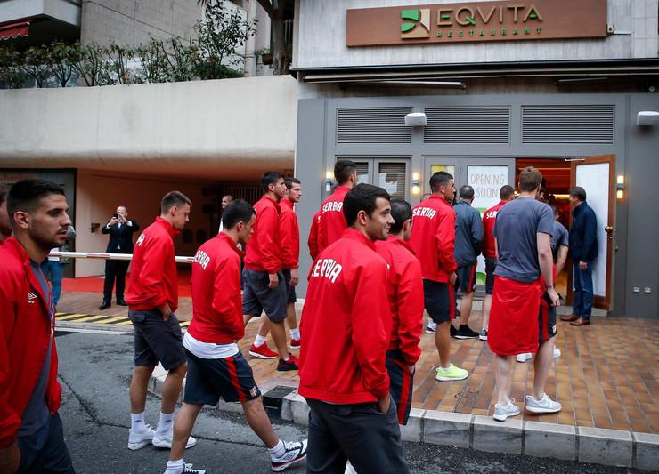 Fudbaleri Srbije u Novakovom restoranu