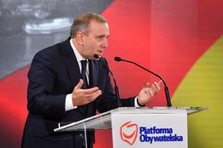Schetyna: Proponowane przez PiS obniżenie pensji samorządowcom – krzywdzące