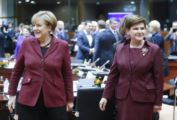 Angela Merkel i Beata Szydłlo , EPA/OLIVIER HOSLET Dostawca: PAP/EPA.