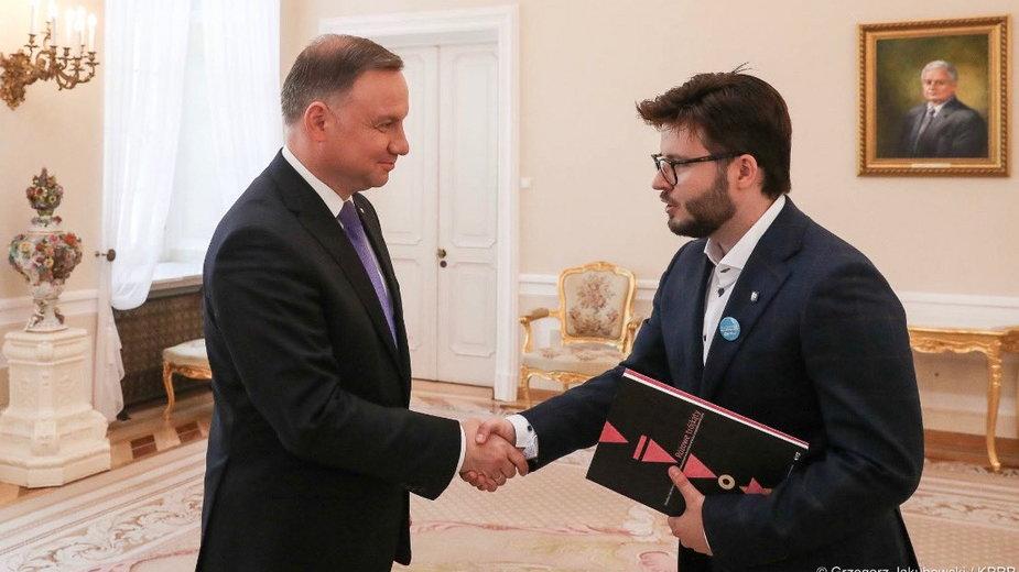 Andrzej Duda podczas spotkania z Bartoszem Staszewskim