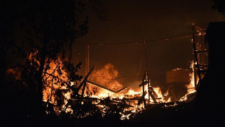 Pożar w obozie dla uchodźców Moria